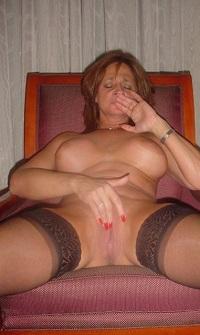Rijpe vrouw van 66 uit Flevoland
