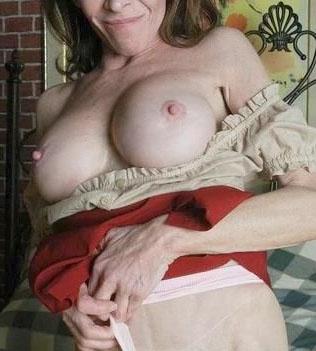 Rijpe vrouw van 65 uit Drenthe