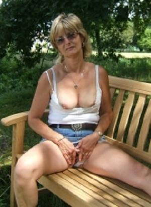 Geile sex date met rijpe 61-jarige vrouw uit Oost-Vlaanderen