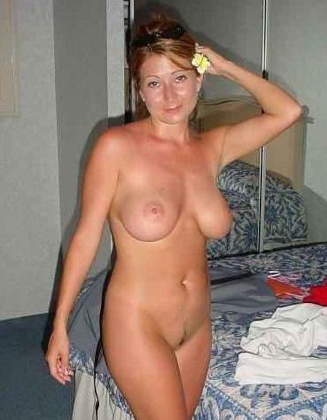Huisvrouw uit  zoekt amateurs voor een date