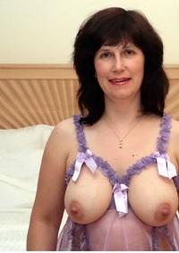 Rijpe vrouw van 63 uit Noord-Holland