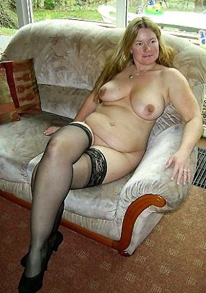 Rijpe vrouw van 53 uit West-Vlaanderen