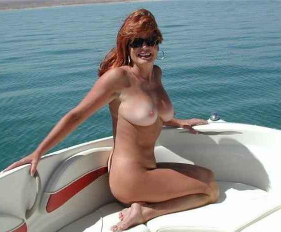 Rijpe vrouw van 59 uit Noord-Holland