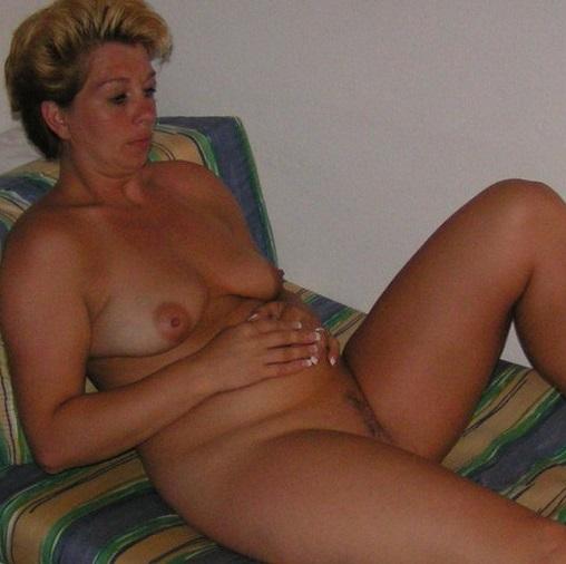 Huisvrouw uit  zoekt heren voor eenmalig vrijen
