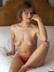 Gratis neuken met 45-jarig dametje uit Limburg