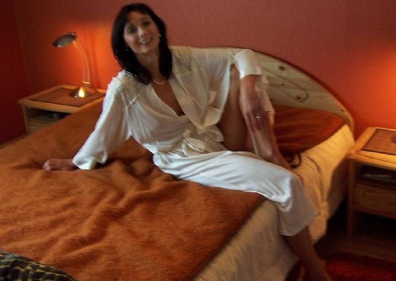 Huisvrouw uit  zoekt mannen voor eenmalige sex