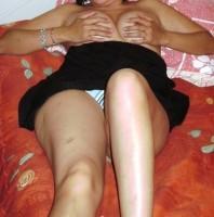 Huisvrouw uit  zoekt mannen voor sex