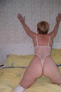 Geile sex date met rijpe 66-jarige vrouw uit Zuid-Holland