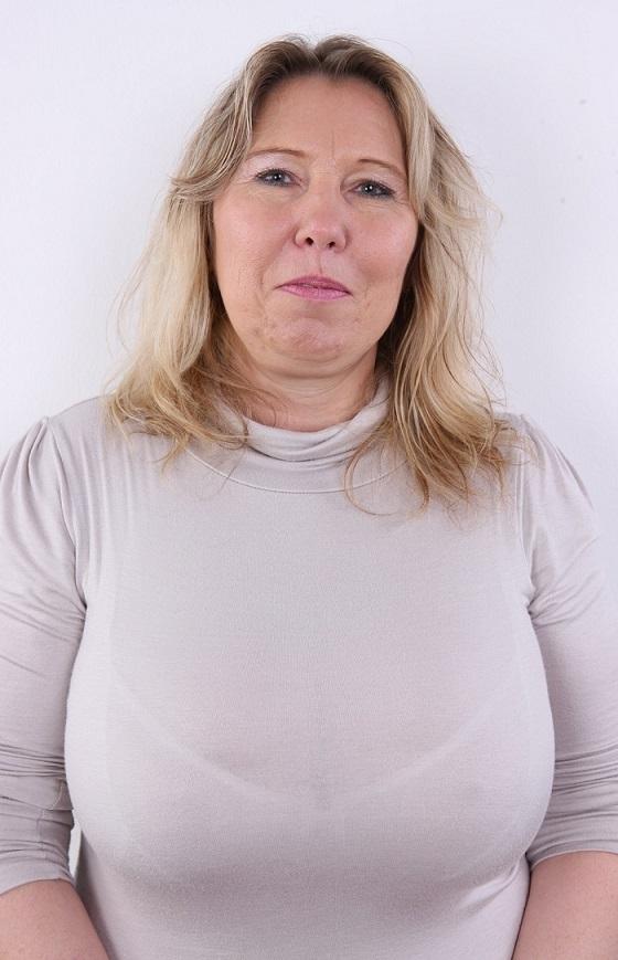 Geile sex date met rijpe 58-jarige vrouw uit Overijssel