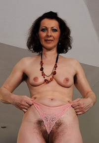 Geile sex date met rijpe 67-jarige vrouw uit Gelderland