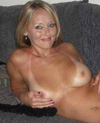 Rijpe vrouw van 53 uit Drenthe