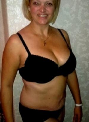 Rijpe vrouw van 56 uit Zeeland