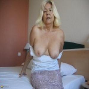 Gratis neuken met 64-jarig oudje uit Oost-Vlaanderen
