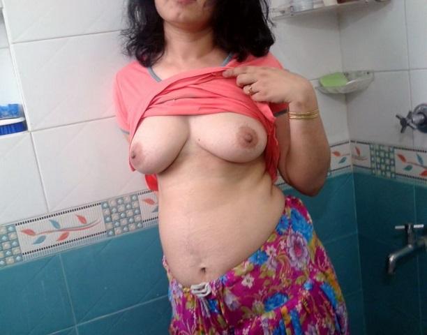 Sexdating met 49-jarig omaatje uit Limburg