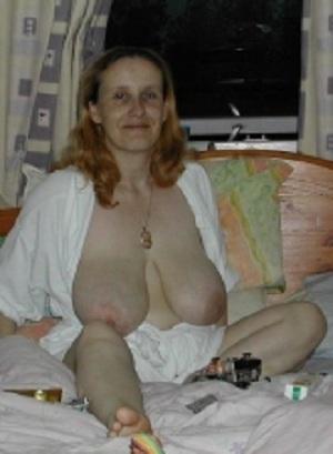 Geile sex date met rijpe 69-jarige vrouw uit Zuid-Holland