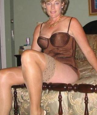 Rijpe vrouw van 59 uit Utrecht
