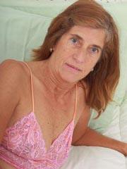 Huisvrouw uit  zoekt kerels voor sexdate