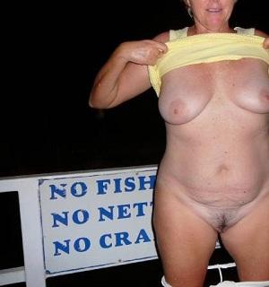 Geile sex date met rijpe 68-jarige vrouw uit Noord-Holland