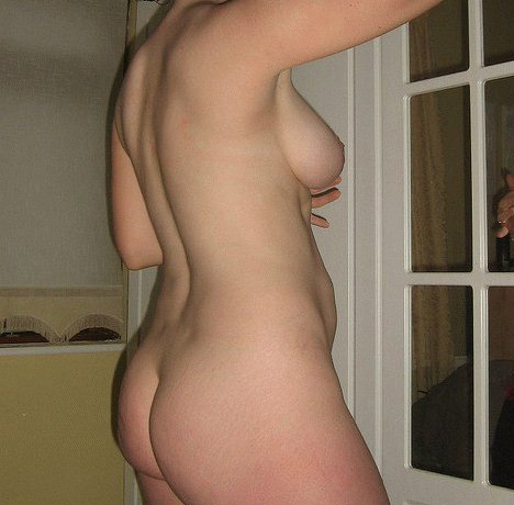 Huisvrouw uit  zoekt kerels voor date