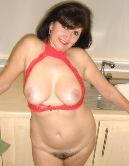 Rijpe vrouw van 62 uit Gelderland
